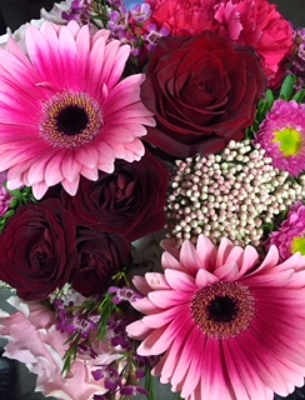 Valentine's Deal of the Day Arrangement from In Full Bloom in Farmingdale, NY